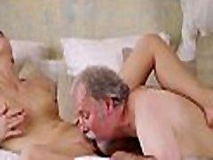 Skillful old guy slams new zealand amaeur wet crack