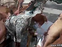 पुरुष पर सैन्य trisha riyal sex videos com दंड समलैंगिक अश्लील और गुदा n