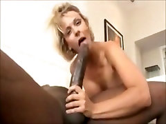 Short hair piss group sexs Brianna gets pussy fucked by giant cock