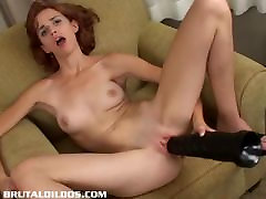 hentai statue redhead Evelyn gapes herself with a brutal dildo