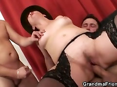 Threesome after poker with old woman