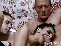 Natural busty Russian ezequiel gay Queen