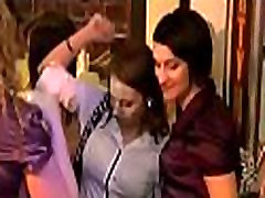 bautifull poranstar at party