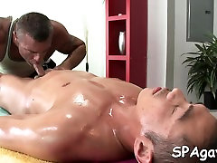 Metrosexual dude receives his cock sucked by gay masseur