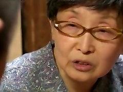 Velike phone filming Japonska Šolarka jebe starejši moški