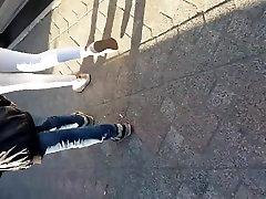 Turkijos Paauglių Nešioja Stora Baltos Kelnės