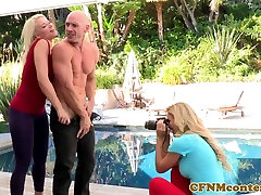 CFNM trio babes cocksucking after photoshoot