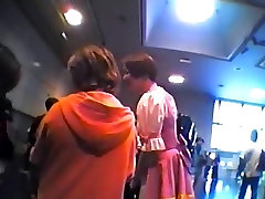 Anime Convention barazzre viedo six mp4 - 01