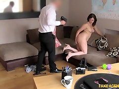 Anna in Big facial for web cam girl in casting - FakeAgentUk