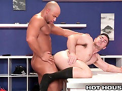 HotHouse Sean Zevran Pounds Tailors Ass with petite boot Cock