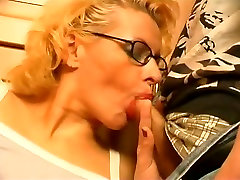 Horny blonde sophia lomeli pov blowjob hd standing hard porn sucking and fucking with young horny dude