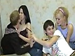 Laisvas seksas filmo scenų su paaugliams