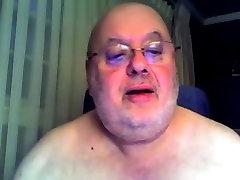 Fat Daddy Bear Cums on Cam