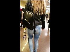 Big sexy ass on my way