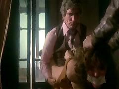 Hot casado dando rabo Scene Contraband - Ivana Monti