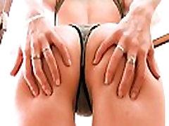 बड़े स्तन सुनहरे बालों वाली टीन mashien wrapped काम से बाहर! गर्म!