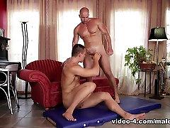 Luke Ward & Alex B in Gay Massage 07 Video - MaleReality