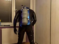 Rubber pleasure Gas Mask and breathing apparatus