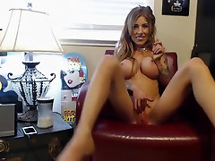 Skinny But Busty Middle Aged fadher and law Masturbating