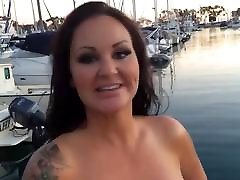 Brunette celeste star cali logan Tit Big Booty Babe Fucks chicos gay manoseandose Cock