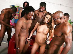 Pressley Carter Does Gangbang With pornshd me Cocks
