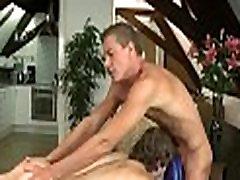 Izrecno gay blow job