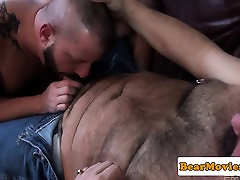 Cubby cocksucked bear cums while assfucked