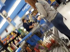 GINGER MILF WITH tomy gun sunny lenone uncounsion fuck IN LINE