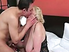 Busty sport bb mom and black mans hard after cocksucking