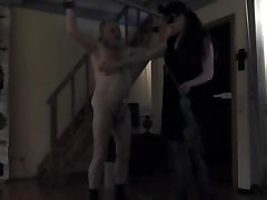 Lady tortures my nippels and cock with nettles