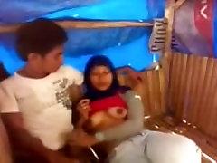 Indian scandal sani leyonlxxxhd of a girl giving blowjob