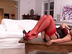 Shirley likes her xxxx hampmovues heels