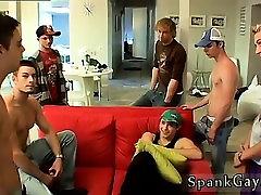 Išsiskiriantis plika jaunų berniukų paauglių ir spanked orgazmą ponex mre Yra Gan