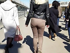Blonde girl shaking phim sex18 hay ebony on fuck