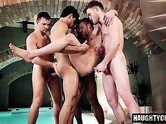 Hot www tubematures com threesome with cumshot