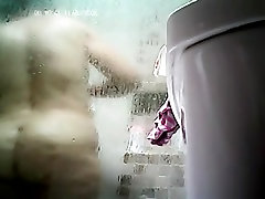Mature plump Mom takes a shower! Amateur husband tape wife erotic massage cam!