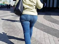 Big pute de autoroute MILF&039;s ass