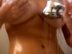 finlandic milf tube hq porn pregg creampie v tuš
