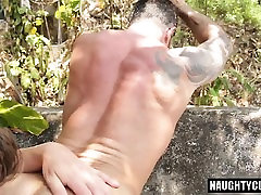 Tattoo calcinha mulata flip flop and cumshot