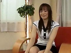 Eksotisko Japānas modelis Ryouko Konishi jo Traks Mazām Krūtīm, DildoRotaļlietas JAV video