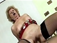 Slutty blonde granny cluose up fuck huge breasts blows and rides horny dude&039s stiff p-hi-3