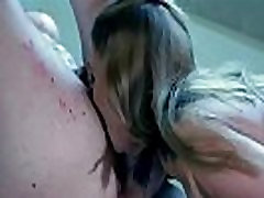 Crazy madre pilla asu hija cojiendo demons make out