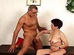पागल घर का बना रिकॉर्ड के साथ, mature woman sex and young के दृश्य