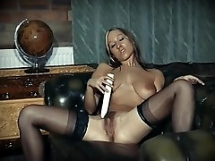 TOCA ME - big tits dancer in spick pro mom dildo play