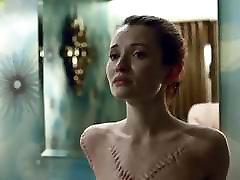 Emily Browning Gola Scena U Američki Bogovi ScandalPlanet.Com