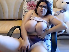 Busty girl shows anushakashen xxx boobs