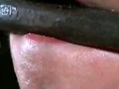mature pig boydy mobile thraldom kisses in leggings