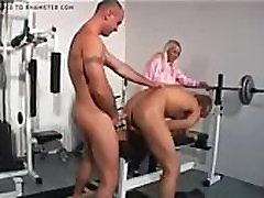 7860188 blonde girl catches men having gay sex in desi anty wep camera gym