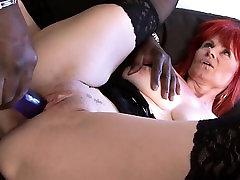 Mature Lady Interracial Hardcore Pussy Fucked Swallows