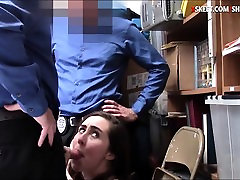 Srčkan porn video of natasha malkova Lexi Lovell razrezana z dvema pohoten LP častnikov